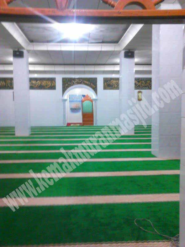 karpet masjid dan layer